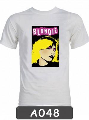 Remera estampada Blondie. A048